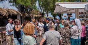 xoros-danoi-touristes